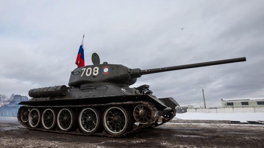 Броня крепка: вВеликобритании признали превосходство танковых войск РФ