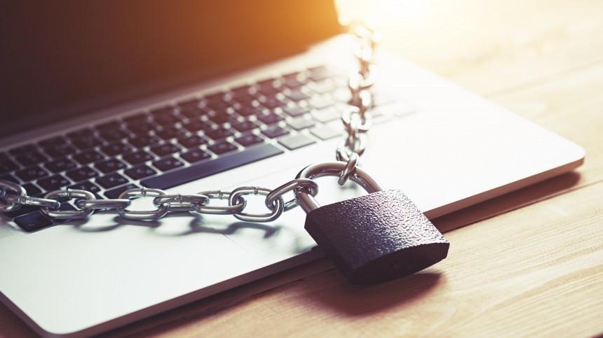 Захарова обвинила Запад вначале регулирования интернета вРФ
