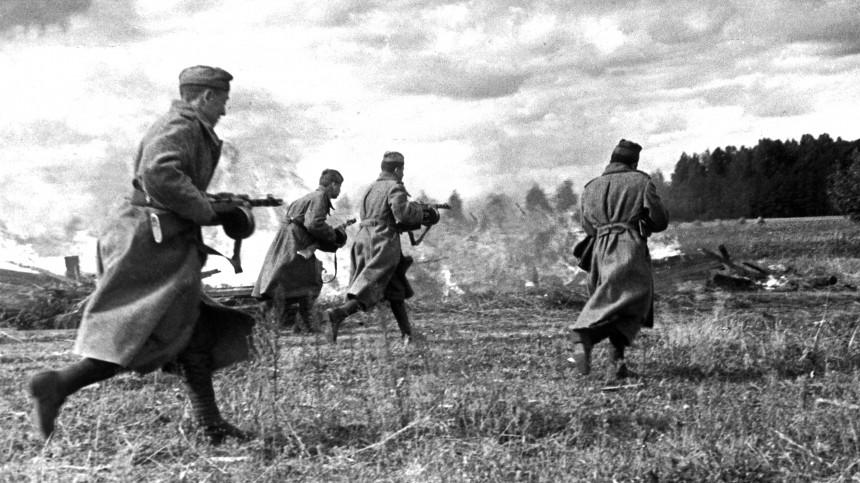 Палачи напенсии: ЦРУ вербовало латышских карателей изССдля борьбы сСССР
