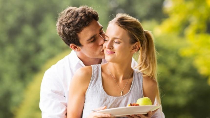 Идеальная пара: каких женщин выбирают мужчины разных знаков зодиака?