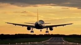 Летевший изАнтальи вМоскву самолет экстренно сел вРостове-на-Дону