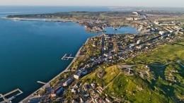 НаУкраине прокомментировали запрет иностранцам владеть землей вКрыму