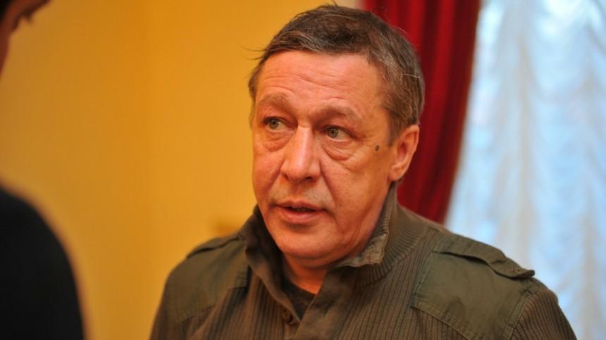 «Любовница» Ефремова хочет отсудить более 300 тысяч рублей уквартирной хозяйки