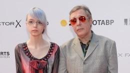 Безработную дочь осужденного Ефремова содержит Рената Литвинова