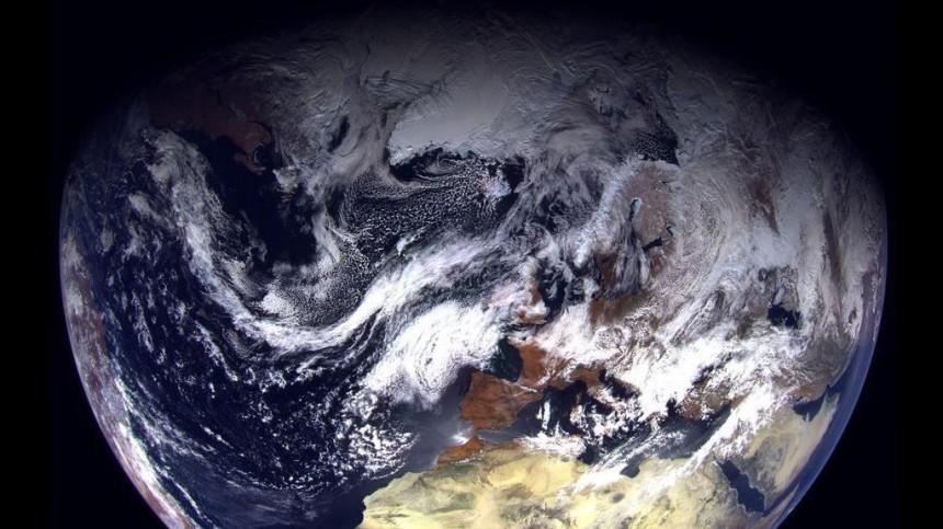 Рогозин показал первые снимки Земли сроссийского спутника «Арктика М»