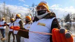 Флешмоб стартовал впамять обумершем отСОVID-19 волонтере движения #МЫВМЕСТЕ