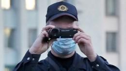 Фотографа «Известий» отпустили после задержания вМинске
