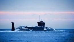 Японцев заворожили кадры всплывающих субмарин вледяной пустыне Арктики