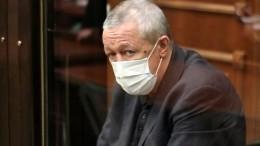 Поэтому исел? Вдействиях еще одного адвоката Ефремова усмотрели нарушение этики