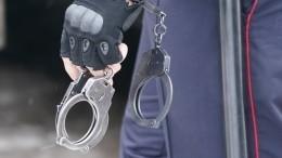 Видео: вНовосибирске задержали людей, продававших поддельные медсправки