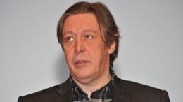Почему адвокаты Михаила Ефремова переругались между собой?