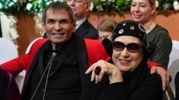 Правдали Бари Алибасов сошелся сбывшей возлюбленной?