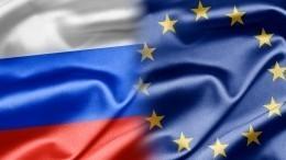 Путин заявил Макрону иМеркель оготовности РФвозобновить связи сЕС