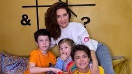 «Унас демократия»: Климова раскрыла методы воспитания своих четверых детей