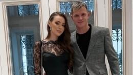 «Нравится сидеть нашее жены»: футболист Тарасов сделал неожиданное заявление