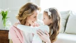 Как сильно измененная из-за пластики внешность мамы сказывается напсихике ребенка