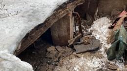 Фото: часть жилого дома обрушилась вОренбурге, жильцов немедленно эвакуируют