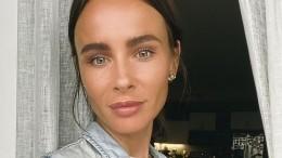 Экс-солистка «Демо» Саша Зверева посадила вземлю плаценты четырех своих детей