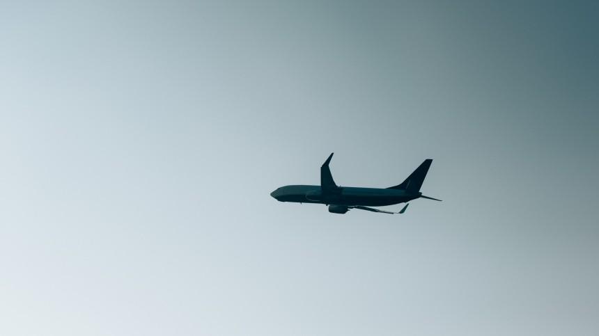 Самолет изКазани готовится каварийной посадке в«Шереметьево»