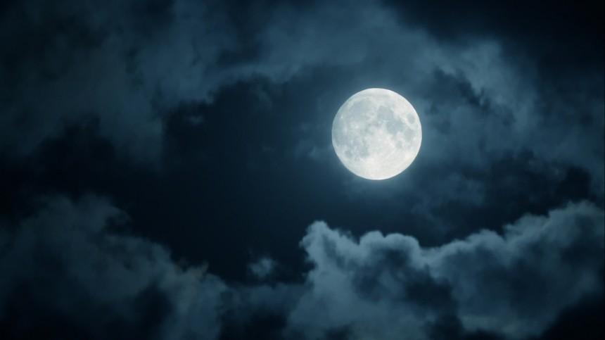 «Холостая Луна»: вкакие дни апреля лучше совсем невыходить издома