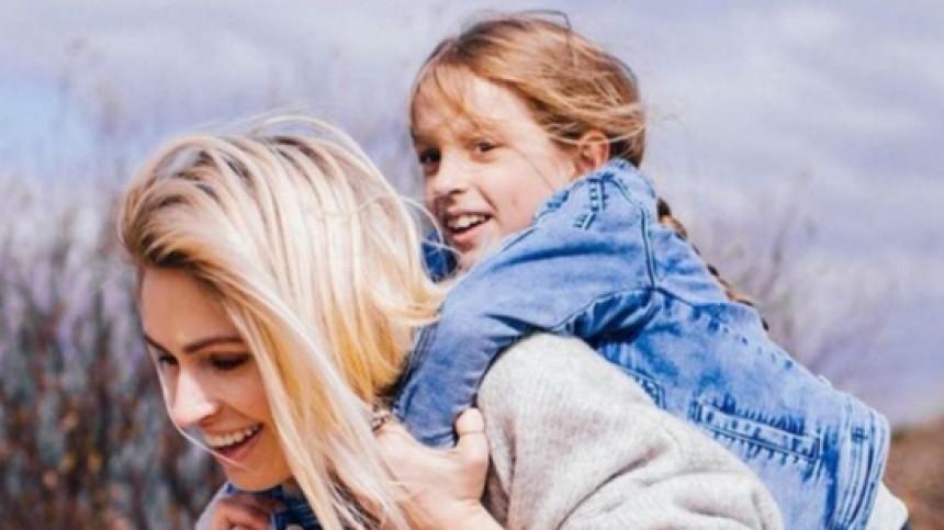 Как скартинки: Самые красивые семьи российских звезд