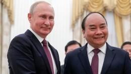 Путин поздравил Нгуен ФуЧонга спереизбранием напост главы компартии Вьетнама