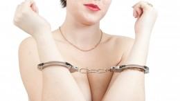 Какие законы ОАЭ нарушили участницы «голой» съемки иможноли смягчить приговор?