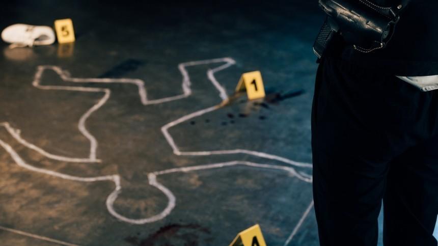 Неизвестный устроил стрельбу уТЦвСША: погибли два человека