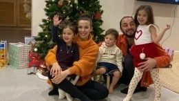 «Люблю тебя каждую секунду!»— Демис Карибидис стал отцом вчетвертый раз