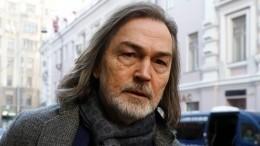 «Сильно устаю»: Никас Сафронов пожаловался насерьезный недуг перед юбилеем