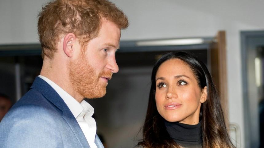 Принц Гарри потребовал извинений откоролевской семьи заобращение сМеган Маркл