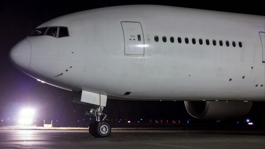Стойка шасси самолета Boeing загорелась ваэропорту «Шереметьево»