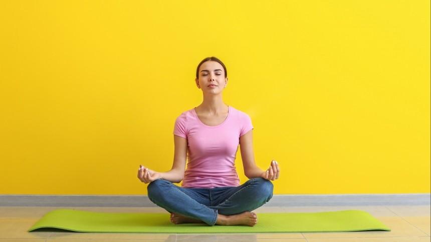 «Невтягивайте живот»: ТОП-3 ошибок, отнимающих женскую силу