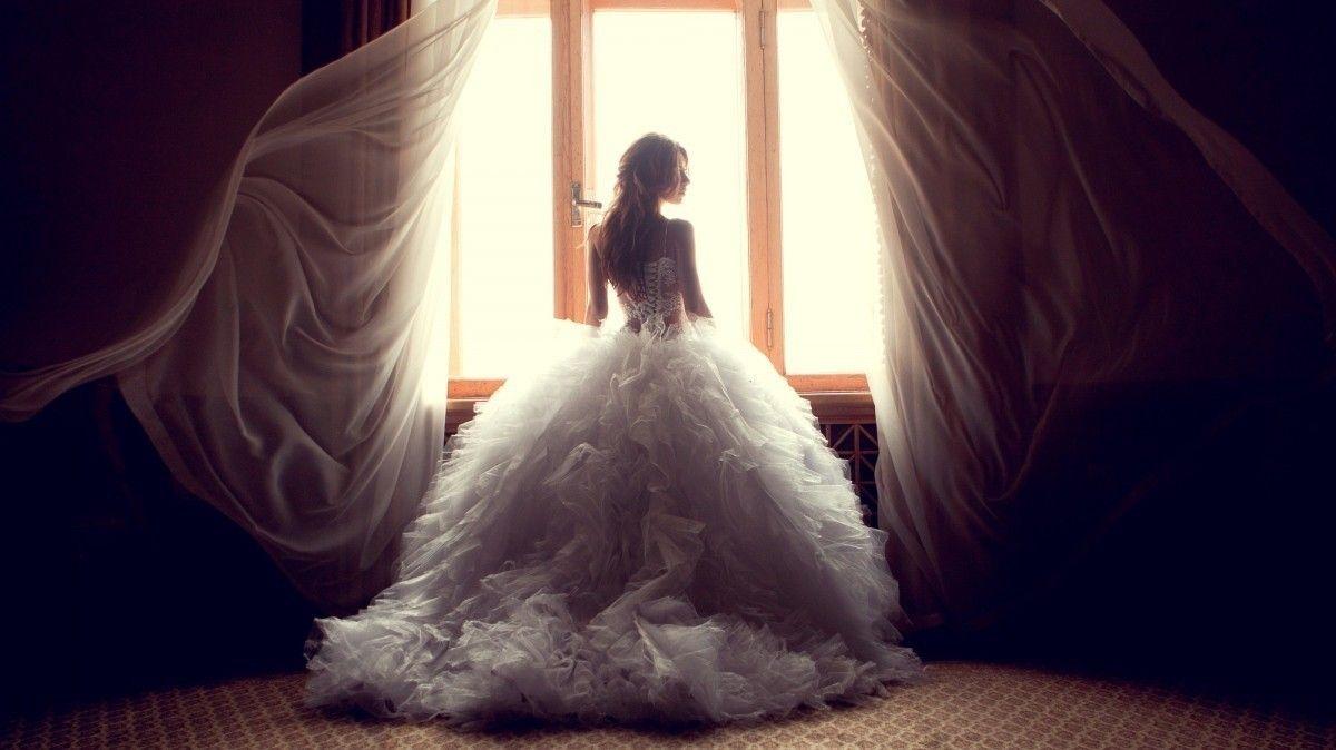 Искать Белое Платье Во Сне