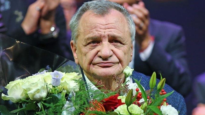 Основал премию «Фигаро»