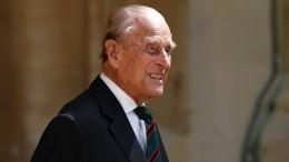 «Это все 5G»: Боню высмеяли заутверждение, что принц Филипп умер еще год назад