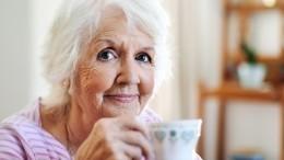 Какое питание замедляет процесс старения упожилых людей?