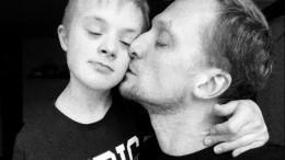 «Моя муза, мое счастье»: звезда «Содержанок» осыне саутизмом исиндромом Дауна