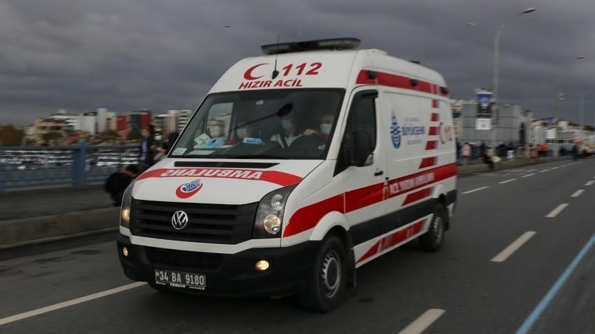 Один россиянин погиб и26 пострадали вДТП савтобусом вТурции