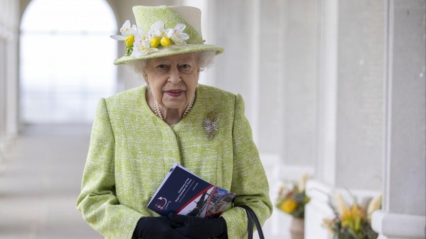 Сын Елизаветы II рассказал оеереакции насмерть принца Филиппа