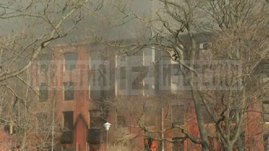 Площадь пожара на«Невской мануфактуре» увеличилась додесяти тысяч квадратов