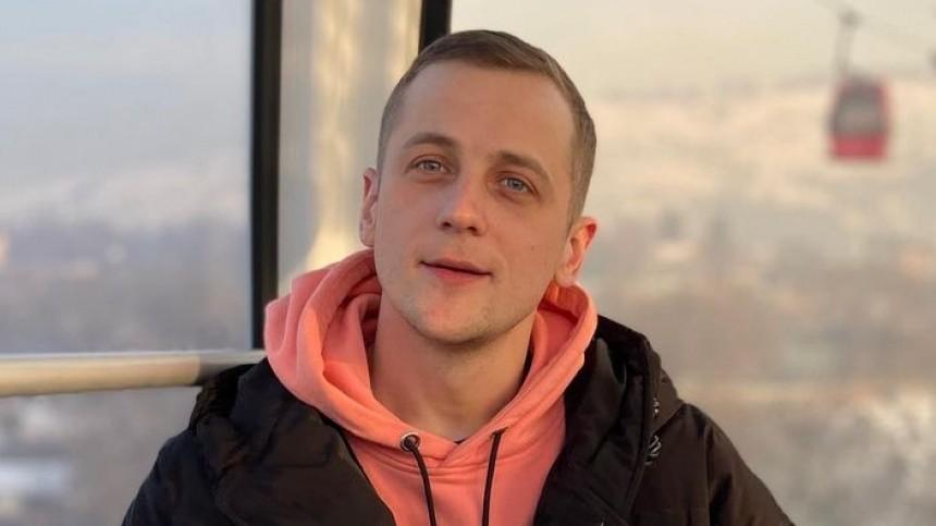 Известного Standup-комика задержали вМоскве вовремя поиска закладки водворе