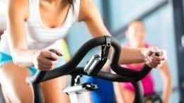 «Тренируйтесь сумом»: как интенсивные занятия спортом влияют наженское здоровье?