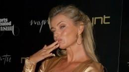 «Полностью разделась»: 56-летняя модель появилась наобложке Vogue