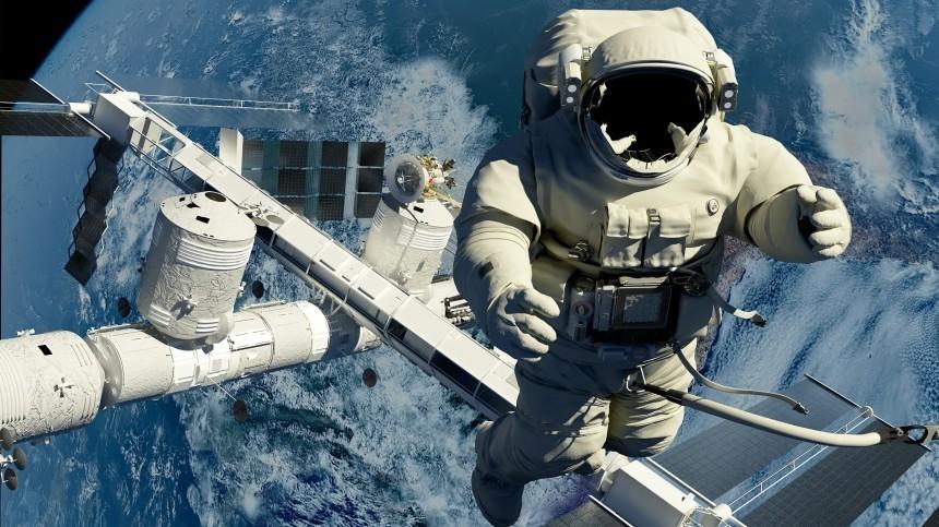 Российским космонавтам повысят зарплаты на50%