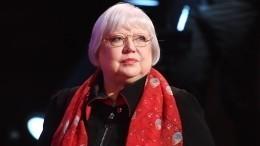 «Незнала, вернусь или нет»: 70-летняя Крючкова рассказала оборьбе сонкологией