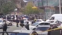 Видео сместа захвата заложников вотделении банка вТбилиси