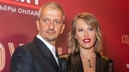 «Сумасшедший какой-то»: Богомолов спас Собчак отатаки навязчивого фаната