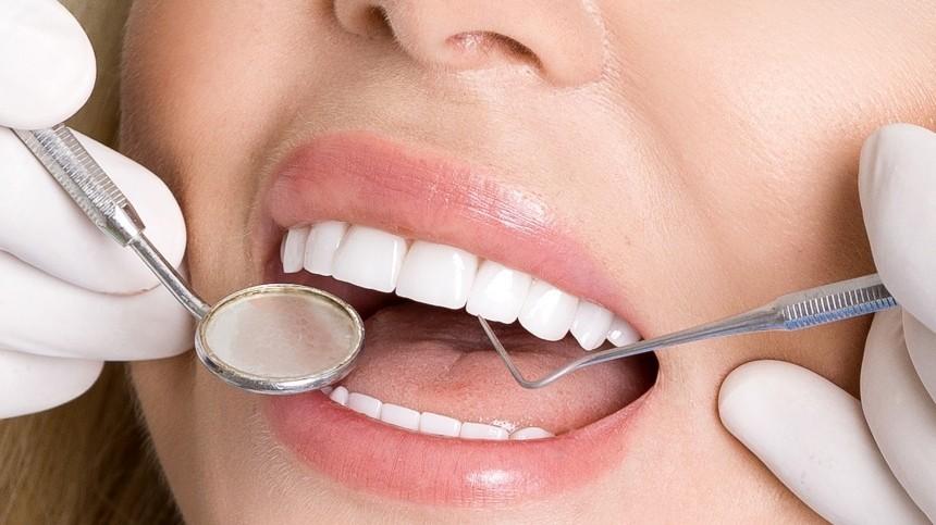 Как отбелить зубы вдомашних условиях иненавредить себе— лайфхаки