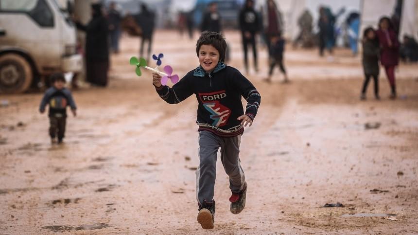 Самолет Минобороны доставил изСирии вРоссию 44 ребенка